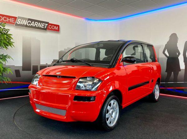 coche sin carnet microcar mc2 lombardini pintura nueva bicolor