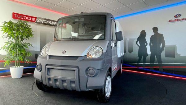 camion mega furgon segundo modelo frente motor kubota